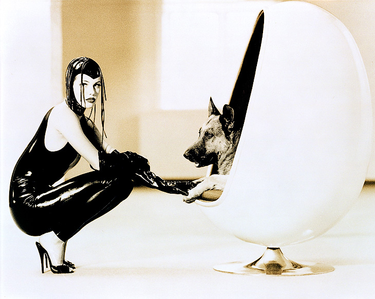 Egg Chair, 1995, photo Hansen-Hansen.com