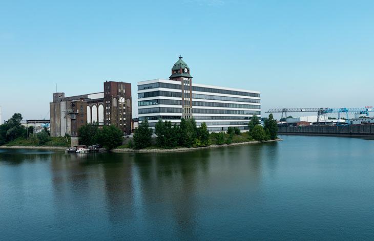 the Plange Mühle in Düsseldorf Medienhafen